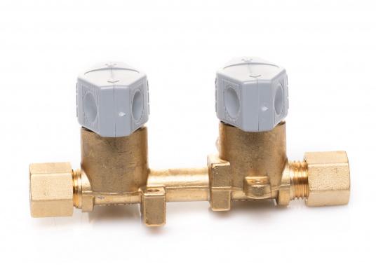 Mehrere Gasgeräte an einem zentralen Ort – mit den Verteilerblöcken ist das kein Problem. Die Sicherheits-Schnellverschluss-Absperrventile und Verteilerblöcke sind geeignet für 8 mm Rohre bzw. Schläuche mit Rohr-Endstücken.