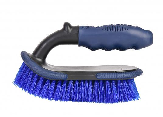 Hand brush Shurhold with comfort grip handle. Ideal for cleaning rails and teakdecks.