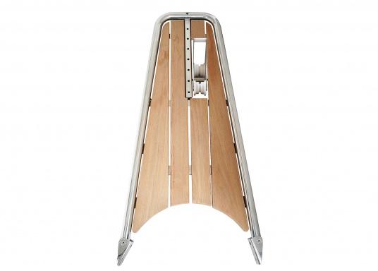 Die neue Bugplattform PB120 erlaubt eine Kombination aus der neu entwickelten Kassettleiter BKT73A und einem 20 kg Anker.  (Bild 7 von 8)