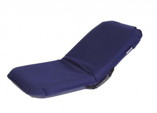 Mobiler Sitzkomfort an Bord, beim Camping, am Strand und im Garten. Der Comfort Seat bietet Sitzkomfort in 6 Positionen: vom aufrechten Sitzen bis zum entspannten Liegen. Erhältlich in Dunkelblau und Blau-Weiß gestreift. (Bild 3 von 7)
