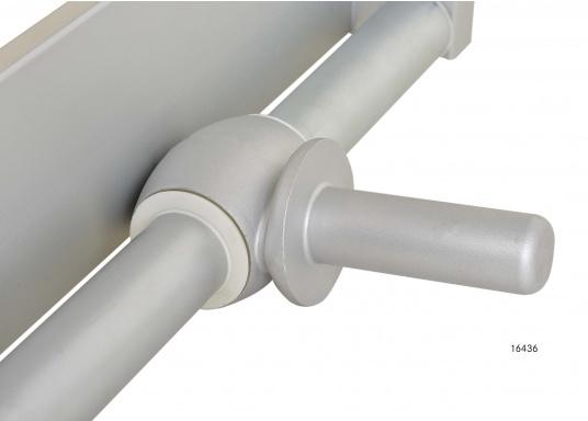 Questa passerella in alluminio non è solo bella, ma anche estremamente innovativa e pratica.  (Immagine 8 di 9)
