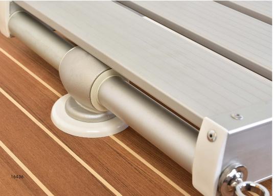 Questa passerella in alluminio non è solo bella, ma anche estremamente innovativa e pratica.  (Immagine 9 di 9)