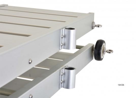Questa passerella in alluminio non è solo bella, ma anche estremamente innovativa e pratica.  (Immagine 5 di 9)