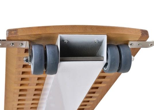 Diese Holz-Gangway ist nicht nur schön, sondern auch außerordentlich innovativ und praktisch.  (Bild 6 von 6)