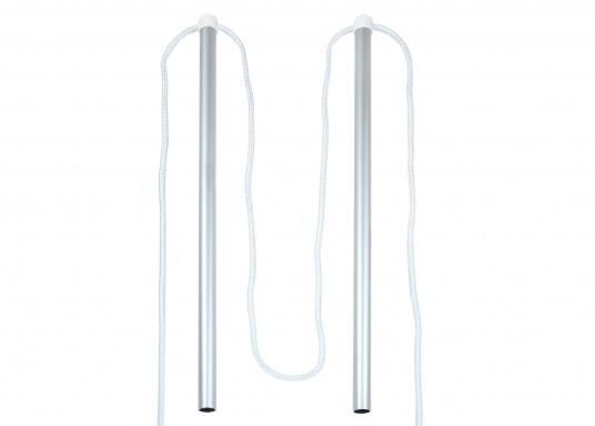 Handlauf für Gangways bestehend aus zwei Aluminium Stützen mit Kunstoff Kopf und einem Seil.