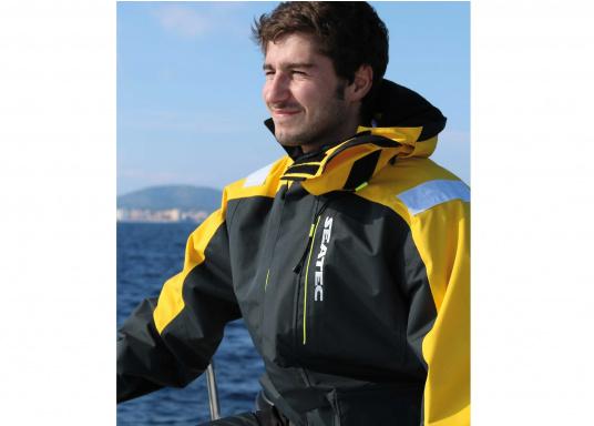 Hochfunktionale, strapazierfähige und komfortable Wetter- und Wassersportbekleidung, zu 100% wasser- und winddicht und besonders atmungsaktiv. Einsatzgebiet: Ideal für den Offshore-Einsatz geeignet.  (Bild 11 von 13)
