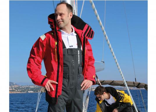 Hochfunktionale, strapazierfähige und komfortable Wetter- und Wassersportbekleidung, zu 100% wasser- und winddicht und besonders atmungsaktiv. Einsatzgebiet: Ideal für den Offshore-Einsatz geeignet.  (Bild 5 von 14)
