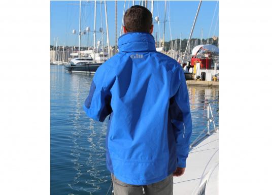 Die Gill Crew Lite Jacke bietet Effizienz und Schutz durch den Einsatz eines haltbaren, wasserdichten und atmungsaktiven 2 Dot™ Gewebes und eines kühlenden Maschenfutters, die sie perfekt machen zum Segeln, Reisen, oder nur so für draußen.  (Bild 7 von 8)