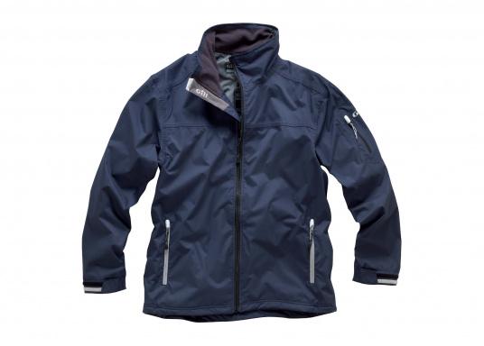 Die Crew Jacke ist der perfekte Allrounder, sowohl an Bord, wie auch als sportliche Freizeitjacke. Hergestellt aus wasserdichten 2-Punkt Material bietet sie gute Atmungsaktivität und Haltbarkeit. Die Nähte sind an kritischen Stellen abgeklebt und das Futter ist aus einem warmen, nicht pillendem Fleece.