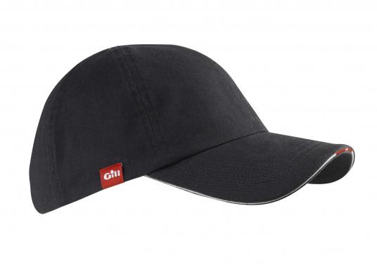 ... Cappello con visiera da navigazione molto comodo realizzato in cotone  pettinato. b9c7cb5d5cfc