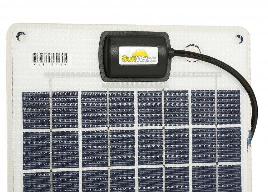 Le panneau SW-20143 est destiné aux petites installations photovoltaïques. Le module 14Wp est principalement destiné aux installations 12 V, mais il peut être monté en série sur des installations 24 V également.   (Image 2 de 4)