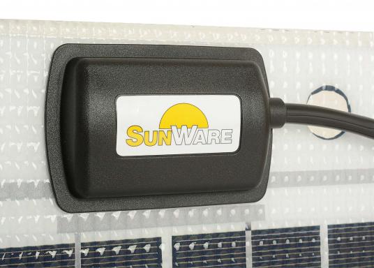 Le panneau SW-20143 est destiné aux petites installations photovoltaïques. Le module 14Wp est principalement destiné aux installations 12 V, mais il peut être monté en série sur des installations 24 V également.   (Image 3 de 4)