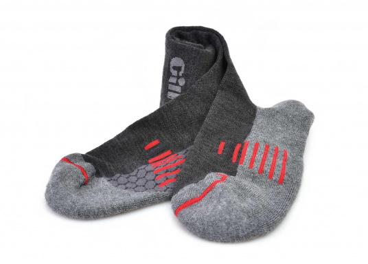 Allzwecksocken, die durch Polsterung unter den Füßen Komfort für den ganzen Tag bieten.