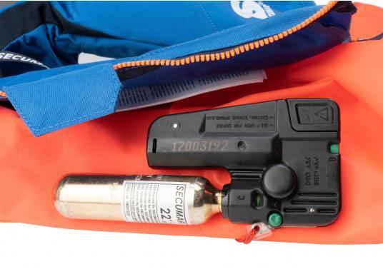 Kleiner im Schnitt, aber gleichwertig in Sachen Sicherheit - auch beim Schwimmkörper der Rettungsweste für größere Kinder kommt die im Erwachsenenbereich bewährte DUO-Protect-Technik zum Einsatz.  (Bild 3 von 5)