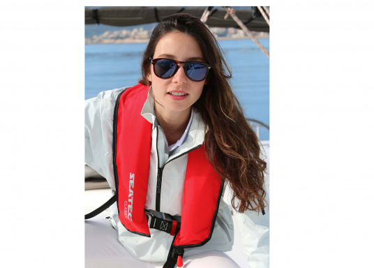 The fully automatic life jacket CLASSIC 165 by SEATEC - value for money, without compromise!  (Afbeelding 5 of 10)