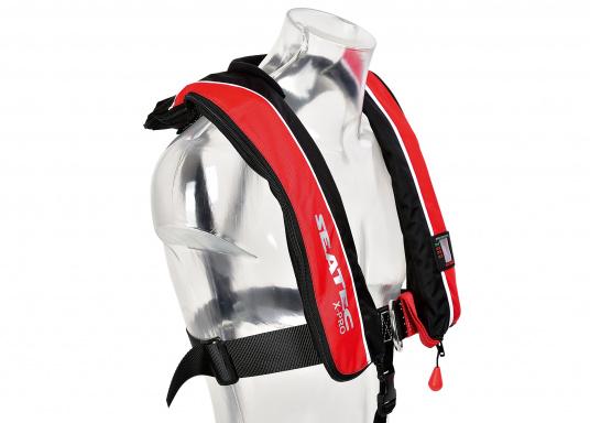 Il giubbotto di salvataggio X-PRO 300, col suo taglio studiato per la comodità, offre molto a poco prezzo: massima vestibilità e sicurezza assoluta.  (Immagine 5 di 8)