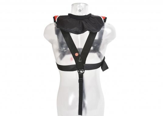 Il giubbotto di salvataggio X-PRO 300, col suo taglio studiato per la comodità, offre molto a poco prezzo: massima vestibilità e sicurezza assoluta.  (Immagine 6 di 8)