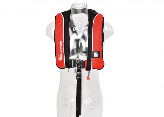 Die komfortabel geschnittene Rettungsweste X-PRO 300von SEATEC bietet Ihnen für wenig Geld selbst bei schwerer Ölkleidung hohen Tragekomfort und höchste Sicherheit.  (Bild 4 von 8)