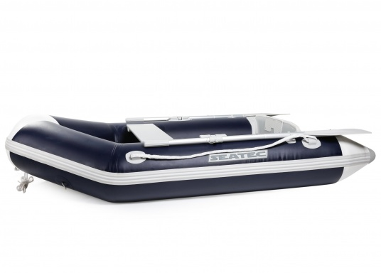 Excellent value for money, easy handling and great features: Our NEMO 230 dinghy!