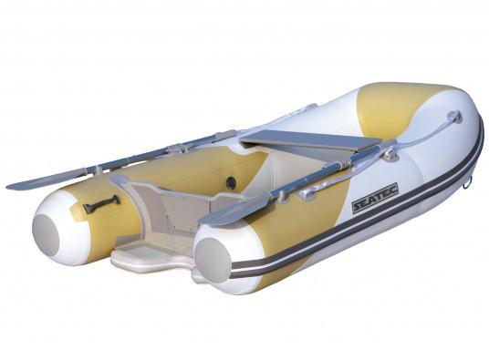 Dasneue SEATEC Schlauchboot AEROTEND 220 vereint alle Vorteile der Lattenbodenboote und Festrumpfschlauchboote in einem: stabiles, festes Unterwasserschiff, sehr gute Fahreigenschaften, geringes Gewicht und hohe Tragkraft.  (Bild 2 von 5)