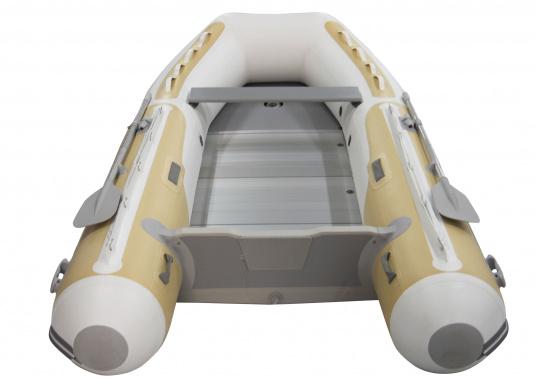 Egal welche Aufgabe Sie dem SEATEC DOLPHIN stellen, das Boot wird sie meistern! Das DOLPHIN ist ein klassischer Allrounder, das mit jeder Situation fertig wird.  (Bild 2 von 7)