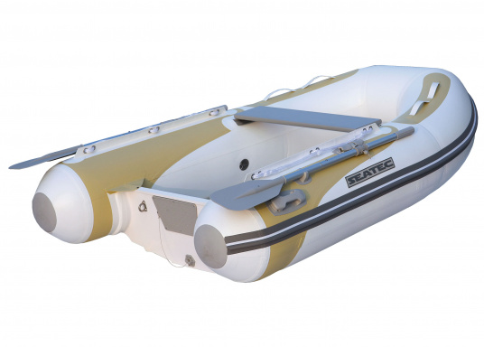 Die neuen Festrumpfschlauchboote der Serie PRO TENDER von SEATEC sind nicht nur als Beiboot ideal, sondern auch bestens für Ausflugsfahrten und Angeltouren einsetzbar.  (Bild 3 von 5)