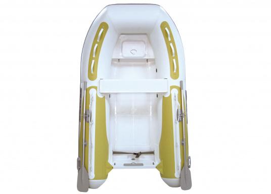 Das Festrumpfschlauchboot ist die perfekte Kombination aus klassischen Schlauchbooten und reinen Festrumpfbooten. Es kombiniert die besten Eigenschaften beider Konstruktionen, ohne die jeweiligen Nachteile zu übernehmen.  (Bild 2 von 6)