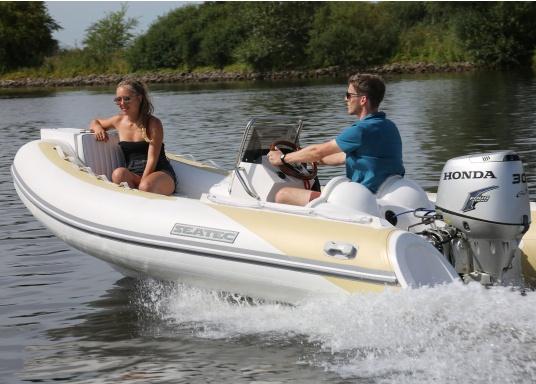 Performance, Sicherheit & Komfort: Das SEATEC GT SPORT 410 ist unser Produkt für alle wahren Wassersportfans. Sei es zum Angeln, Wasserski, zum Touren oder Tauchen - das GT SPORT 410 bietet beste Bedingungen!  (Bild 7 von 19)