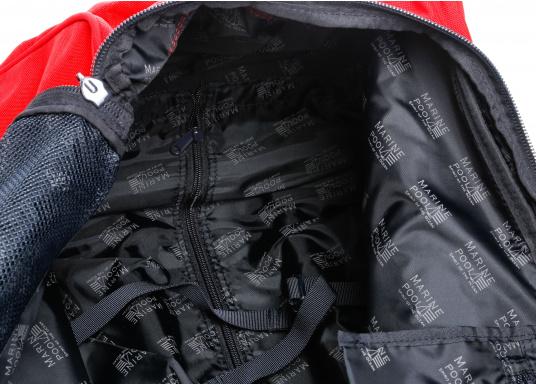 DER Klassiker! Die bewährte Marinepool Rollentasche bietet mit Ihrem Volumen von 110 l Platz für einen ganzen Urlaub. (Bild 10 von 14)