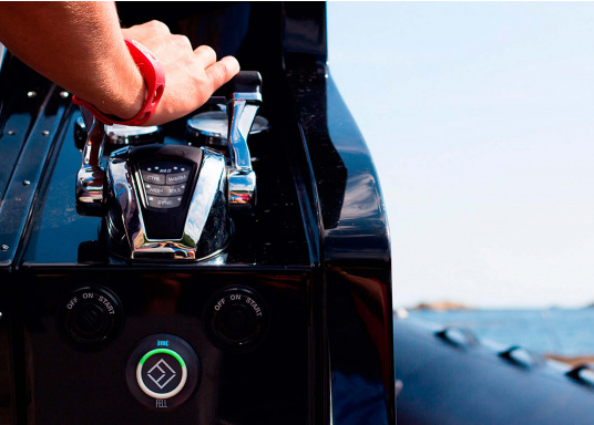 Mit diesem innovativen und kabellosen WIMEA Sicherheits-Schalter wird Ihre Sicherheit an Bord garantiert, denn dank der revolutionären Wireless-Technologie wird Ihr Motor bei einer MOB-Situation abgestellt.  (Bild 6 von 8)
