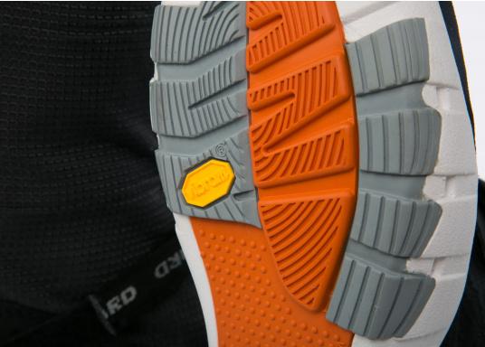 Gli stivali da vela della linea SPIN di Lizard sono al 100% impermeabili, traspiranti, antiscivolo, molto leggeri e allo stesso tempo piacevolmente comodi.  (Immagine 11 di 13)