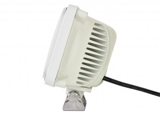 Dieser äußerst robuste, langlebige 45 W LED Deckscheinwerfer besticht mit einer Lichtleistung von 4050 Lumen, Lichtfarbe: 4200 Kelvin. (Bild 3 von 5)