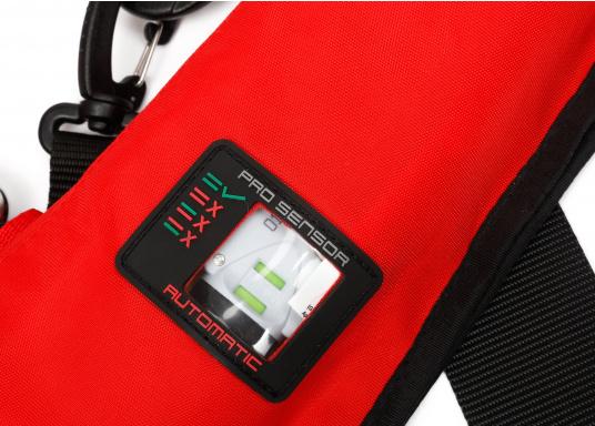 Der Testsieger in Vollausstattung! Automatikweste mit Sprayhood, Notlicht, integriertem Lifebelt, Bein/Schrittgurt, Liftschlaufe (Bergeschlaufe), Mundaufblasvorrichtung, flexiblem Netzrücken und abnehmbarem Fleecekragen.  (Bild 2 von 9)