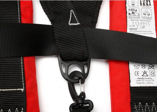 Der Testsieger in Vollausstattung! Automatikweste mit Sprayhood, Notlicht, integriertem Lifebelt, Bein/Schrittgurt, Liftschlaufe (Bergeschlaufe), Mundaufblasvorrichtung, flexiblem Netzrücken und abnehmbarem Fleecekragen.  (Bild 4 von 9)