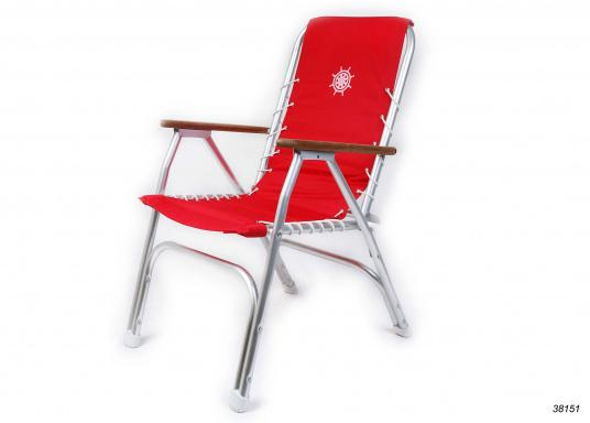 Stabil, korrosionsfest, praktisch zusammenklappbar und natürlich mit hohem Sitzkomfort! Decksstuhl aus solidem, seewasserbeständigem Alurohr mit Armlehnen aus Holz. (Bild 2 von 4)
