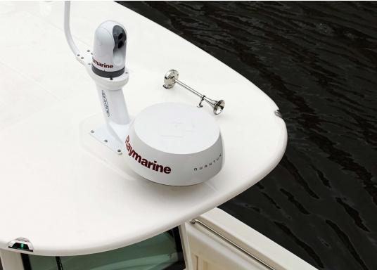 Raymarine Radarantenne QUANTUM, by FLIR, ist die nächste Generation von Marine-Radarantennen mit CHIRP Technologie. Lieferung inklusive 10 m Stromkabel.  (Bild 5 von 9)