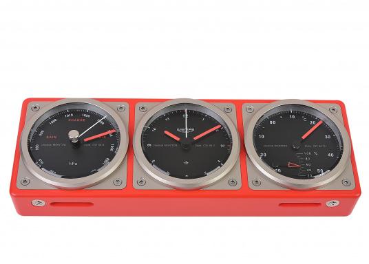 Das Kombiinstrument zeigt auf einen Blick die wichtigen seemännischen Grundwerte: Uhrzeit, Luftdruck, Temperatur sowie die Luftfeuchtigkeit an. (Bild 3 von 5)