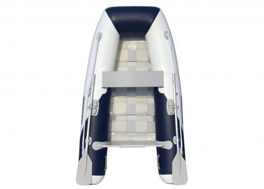 Das Set besteht aus dem SEATEC Schlauchboot YACHTING 225 und dem Außenbordmotor Honda BF 2,3.  (Bild 2 von 7)