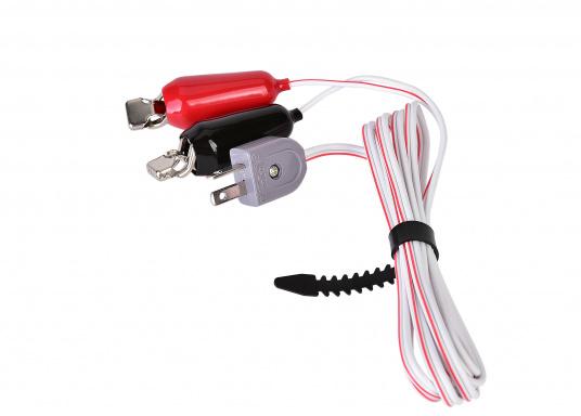 """Das 12 V Ladekabel von Honda wird einfach an den Generator angeschlossen und kann dann eine Batterie aufladen. Kompatibel mit Honda EU10i, EU20i, EU22i, EU30i, EM25 und EM30."""""""