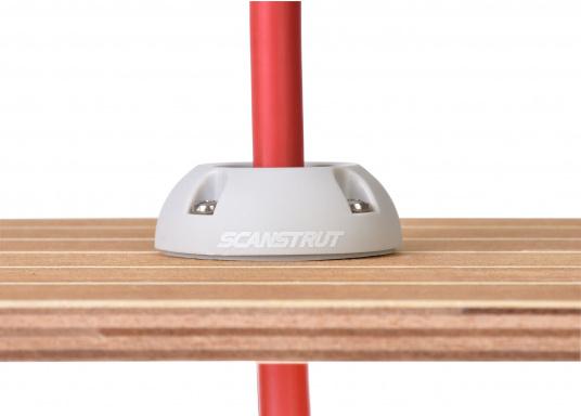 Kabeldurchführung aus Kunststoff. Für Stecker bis 30 mm und Kabel von 9 - 14 mm.  (Bild 7 von 7)