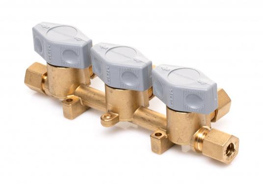 Mehrere Gasgeräte an einem zentralen Ort – mit diesem Verteilerblock ist das kein Problem. Der Sicherheits-Schnellverschluss-Verteilerblock ist geeignet für 8 mm Rohre bzw. Schläuche mit Rohr-Endstücken.  (Bild 4 von 6)