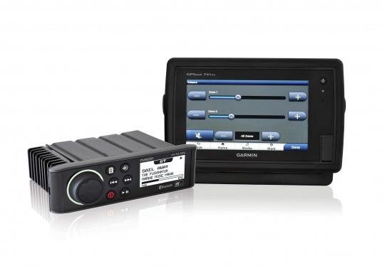 Das wasserfeste FUSION MS-RA70 verfügt über einen integriertes Bluetooth-Modul, über das die Musik vom Smartphone aus gestreamt werden kann. (Bild 4 von 5)