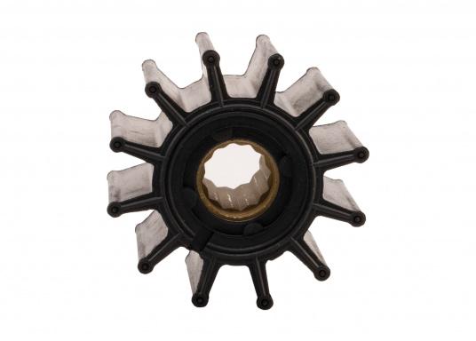 Wir bieten Ihnen hier ein umfangreiches Sortiment Ersatzimpeller für JOHNSON und JABSCO Impeller-Pumpen: Neopren-Impeller für Seewasserpumpen und Nitril-Impeller für Bilge- / Lenzpumpen, jeweils in verschiedenen Ausführungen. (Bild 15 von 18)