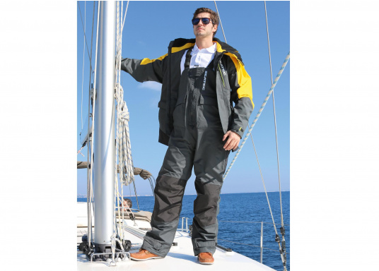 Highly functional, durable and comfortable weather and water sportswear, 100% water- and windproof and with outstanding breathability. Operational area: Ideal for offshore use. (Image 2 of 17)