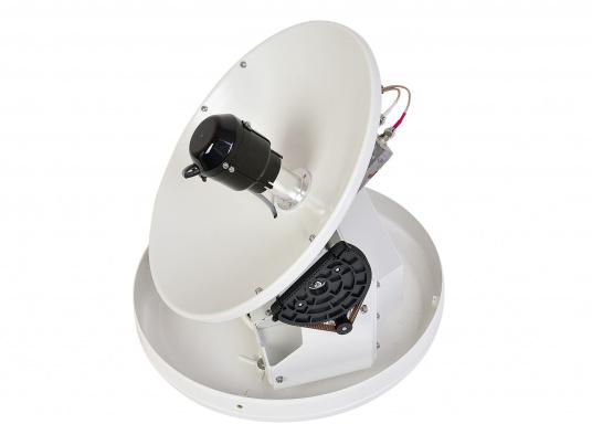Intellian Technologies ist einer der weltweit führenden Hersteller von Satellitenkommunikations-Systemen. Dementsprechend hochwertig in Qualität und Ausstattung sind auch die i-Serie Antennen, passend konzeptioniert für alle Boots- und Yacht-Typen und -Größen. Diese Antennen überzeugen durch hervorragende Empfangseigenschaften. Exklusive und patentierte Technologien machen das Fernsehen an Bord einfacher und angenehmer, als man es sich vorstellen kann! (Bild 5 von 13)