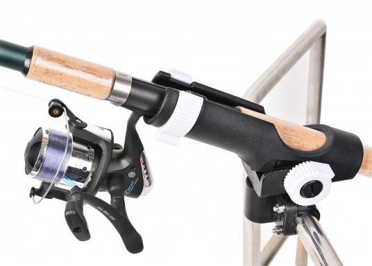 Practical fishing rod holder, made out of sturdy plastic. Suitable for mounting on rails with a diameter of 25 - 30 mm. (Imagen 2 of 7)