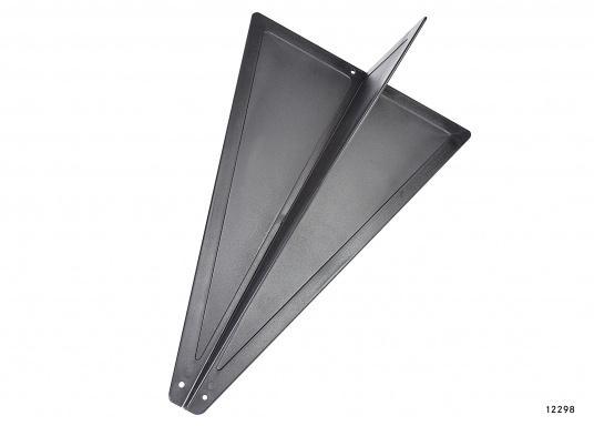 ZusammenfaltbarerSignalkegel, hergestellt aus schwarzem Kunststoff. Kann, da zusammengesteckt, flach und platzsparend verstaut werden.  (Bild 5 von 5)