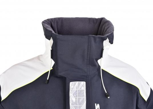 SEATEC COASTAL CS2 Jacke - der leichtgewichtige, wasserdichte Allrounder für den Motorbootfahrer und Segler. Optimale Jacke für Einsteiger, Motorbootfahrer, die Chartercrew und perfekt auch als Landgangsjacke. Im klassischen Unisex-Look mit angenehm weichem 2-Lagen-Nylon-Material und MPU-Beschichtung ist sie die perfekte Wahl für jedes Wetter. (Bild 9 von 16)