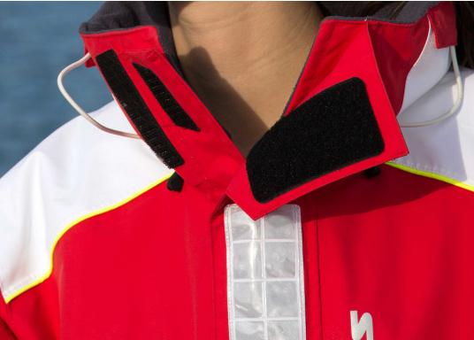 SEATEC COASTAL CS2 Jacke - der leichtgewichtige, wasserdichte Allrounder für den Motorbootfahrer und Segler. Optimale Jacke für Einsteiger, Motorbootfahrer, die Chartercrew und perfekt auch als Landgangsjacke. Im klassischen Unisex-Look mit angenehm weichem 2-Lagen-Nylon-Material und MPU-Beschichtung ist sie die perfekte Wahl für jedes Wetter. (Bild 19 von 23)