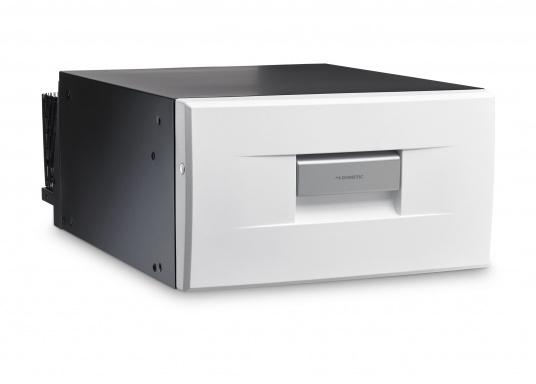 Das passt, wo sonst nichts passt! Das Einbau-Kühlschubfach CD 30 bringt leistungsstarke Kompressorkühlung in beengte Raumverhältnisse, auch seitlicher Einbau möglich.  (Bild 2 von 2)